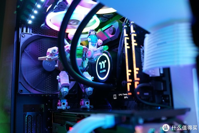 给你的CPU洗洗澡吧——Tt water 3.0 360Argb水冷体验