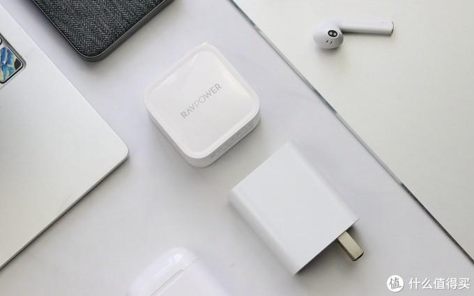 GaN黑科技,让苹果敬畏  难以置信的微小体积:RAVPower 61W充电器体验
