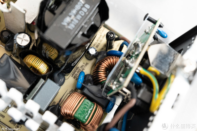 1元1W的全日系电容电源——海韵 CORE GX-650电源拆解见真章