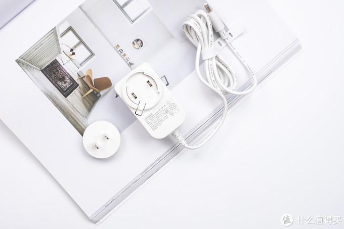 打造家居不一样的灯光氛围,让生活增添色彩的乐趣:Yeelight彩光灯带
