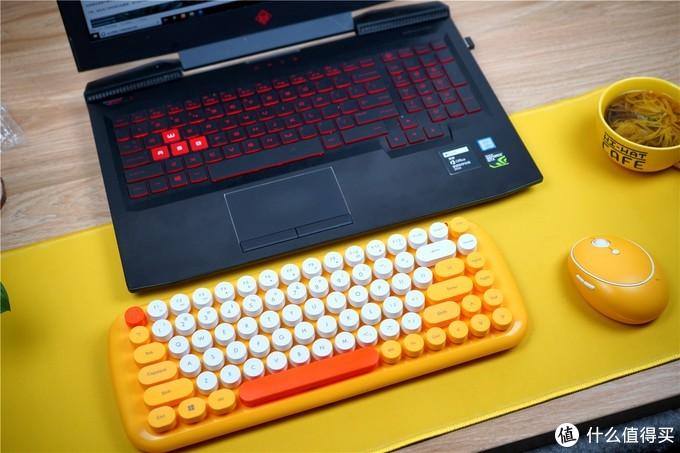 它就是萌妹子的最爱,办公室靓丽的一道风景--威漫优创 WM3C-17 仲夏萌心键鼠套装