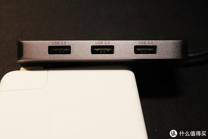 3个USB 3.0口