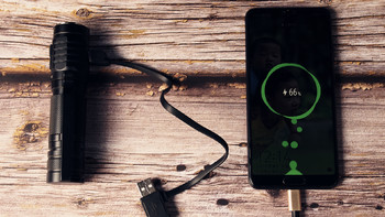 务本TO50R手电配置体验(充电|提醒|灯珠|重量|尺寸)