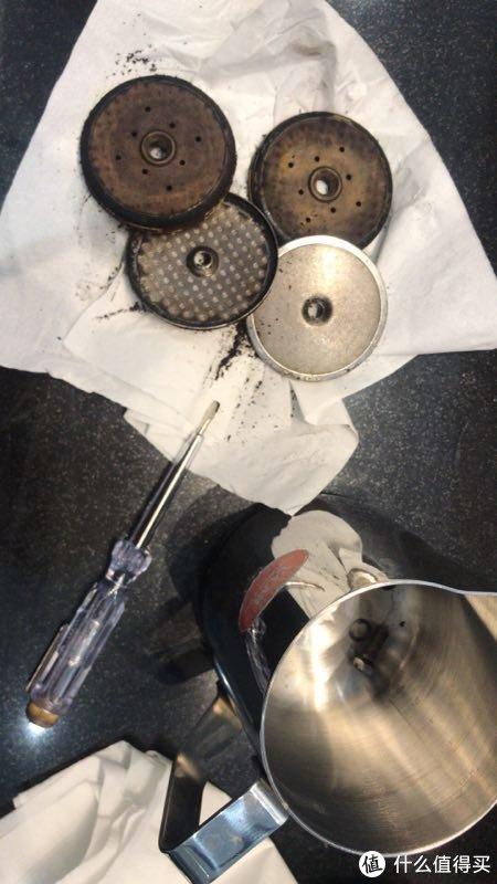 半自动意式咖啡机的日常清洗