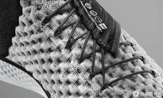 全新FlyEase系统:NIKE 耐克 曝光 Air Zoom UNVRS 无障碍穿脱篮球鞋