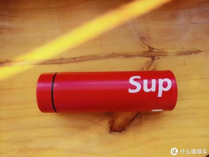 sup聯名的保溫杯先入為敬,真實站在年輕使用場景出發