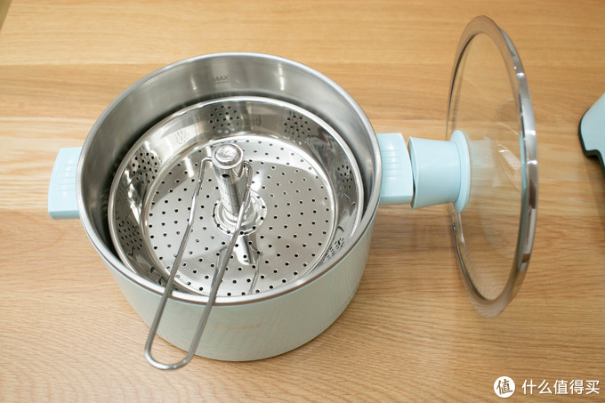 在家也能吃得欢,一锅多用蒸煮炖全能,臻米升降式电火锅