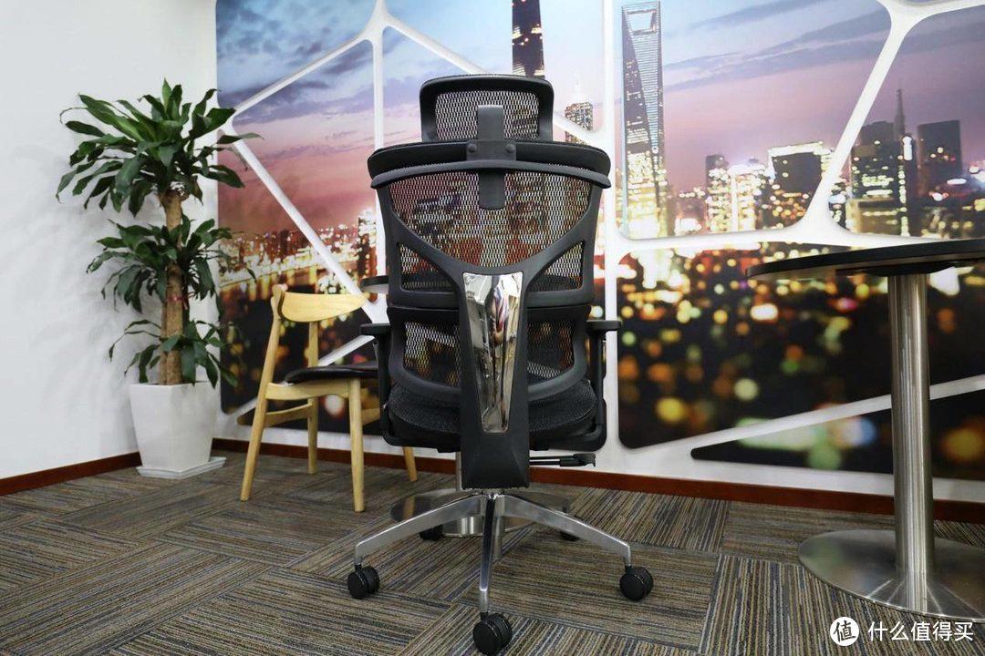 办公室小职员的自我年中奖 爱特屋电脑椅开箱体验