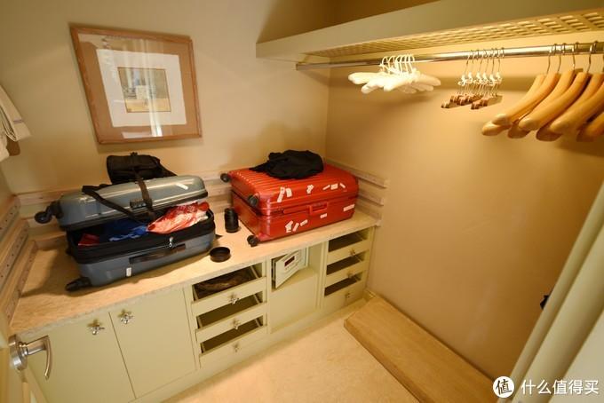 行李储藏间