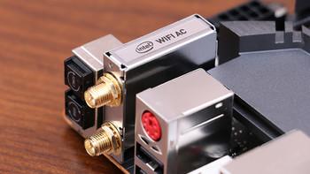 网件 RAX 路由器开箱体验(网线 适配器 上盖 指示灯 按键)