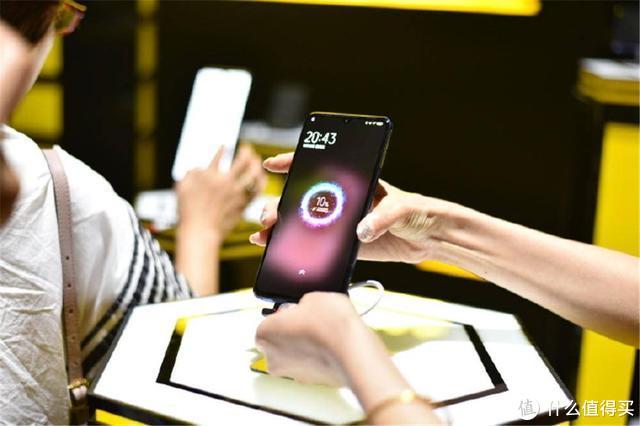 同样搭载骁龙855 Plus,为什么iQOO Pro才是5G全能王手机?
