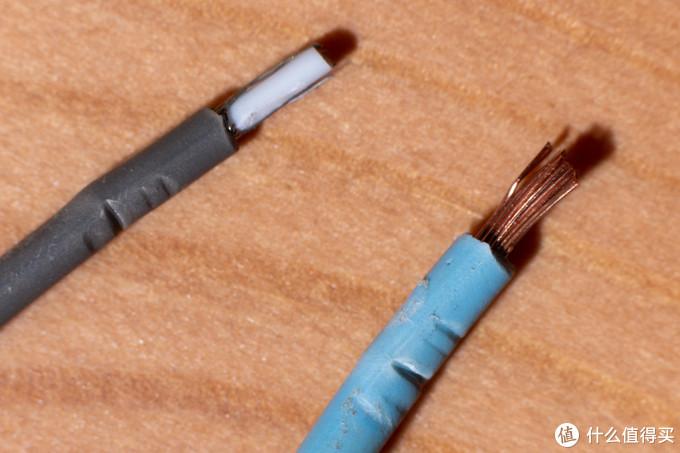 左边屏蔽线缆屏蔽层线芯有断,右边线皮压伤