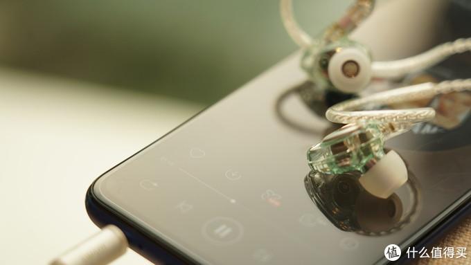 初烧入门,通勤好选择——兴戈(SIMGOT) 洛神EM2 动圈耳机