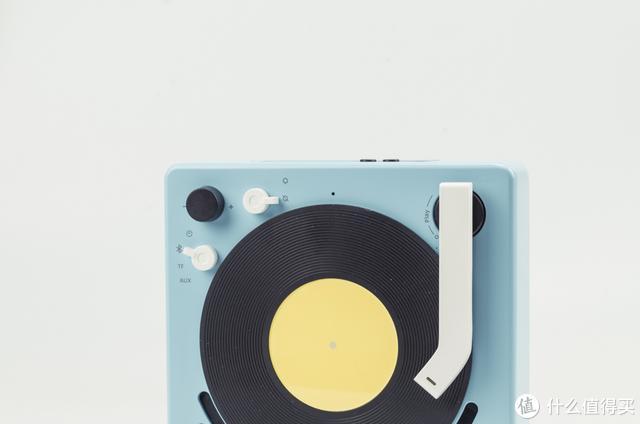 复古与科技的完美结合,时至今日,或许这就是唱片机的完美演化