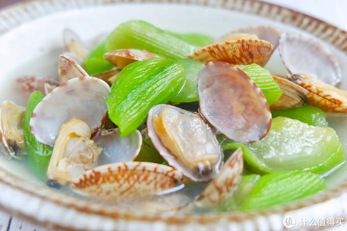 不知道丝瓜怎么吃?加点蛤蜊试试看,喝一口真是鲜掉眉毛!