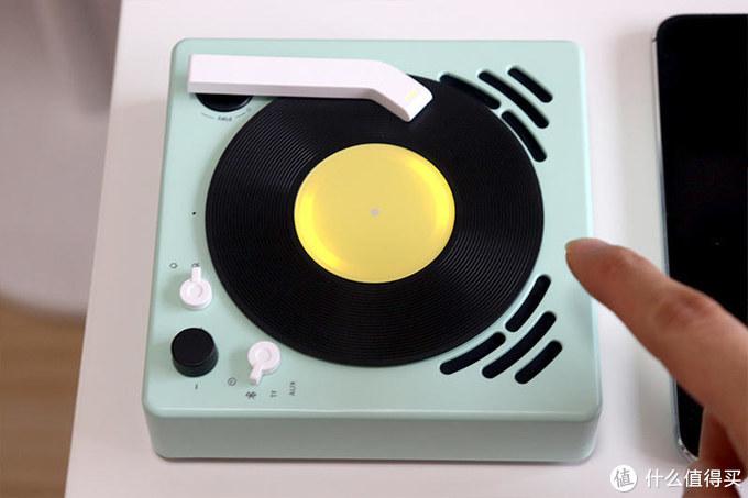 """放音打碟""""敲好看"""":BeeFo小唱机体验"""