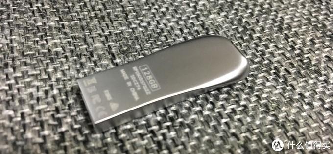 颜值担当——闪迪128GB CZ74 150MB/s读速U盘体验