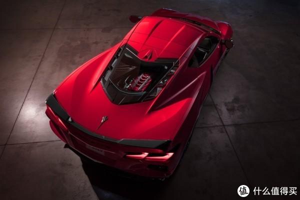 欧系超跑当心毒刺!Corvette首款中置后驱超跑C8 Stingray来袭