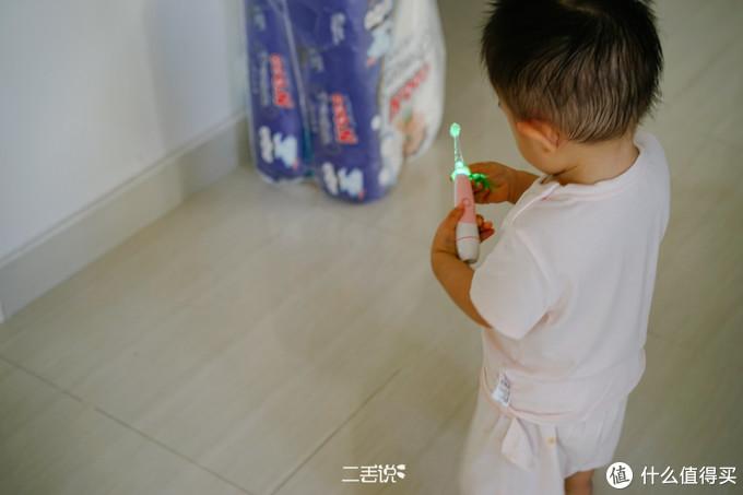 家长用对工具,轻松搞定宝宝鼻腔和口腔的护理!