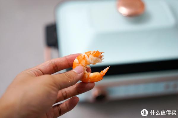新鲜出锅的活虾,味道简直太绝,吃的慢时可以很方便的调节保温和加热状态