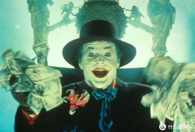 """豆瓣9.3,斩获金狮奖,我们为什么都""""爱""""小丑?"""