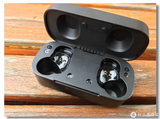 【轻测试用】真无线、闪连、快充,FIIL T1 X运动无线蓝牙耳机试用