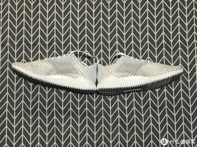 adidas climacool 2.0跑鞋