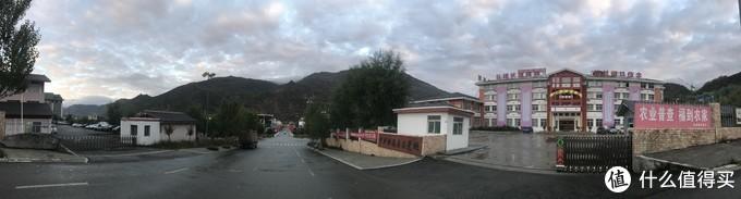 清晨的松潘县城