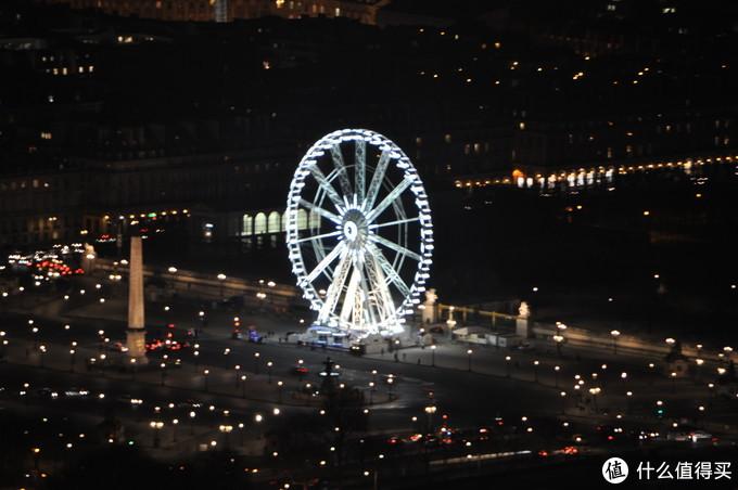巴黎其实有摩天轮,但不是全年有,放大看协和广场的摩天轮