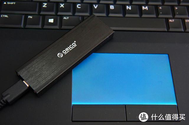 全铝外壳,快上心头:ORICO M.2 NVME移动硬盘盒评测