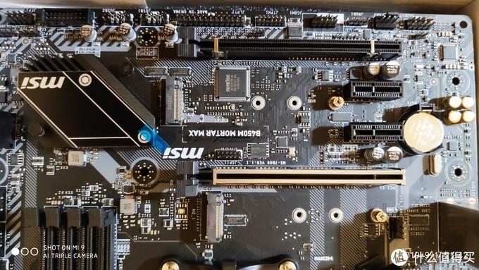 两个PCI-E X16和两个PCI-E X1