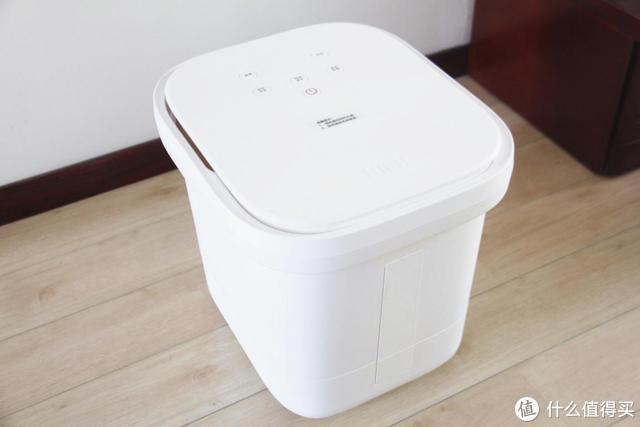 """小米有品上新""""黑科技"""",智能无线足浴器,网友:洗脚都智能了?"""