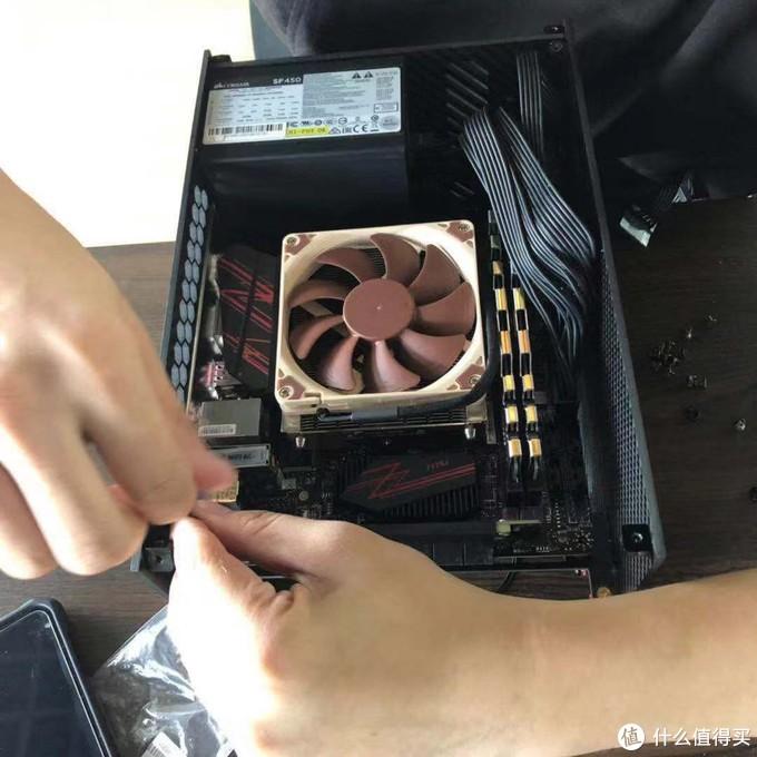 小而强大:6.7L sfx碳纤维itx机箱装机展示