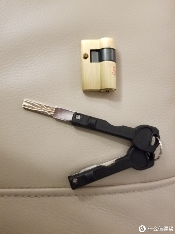 迷の电子锁