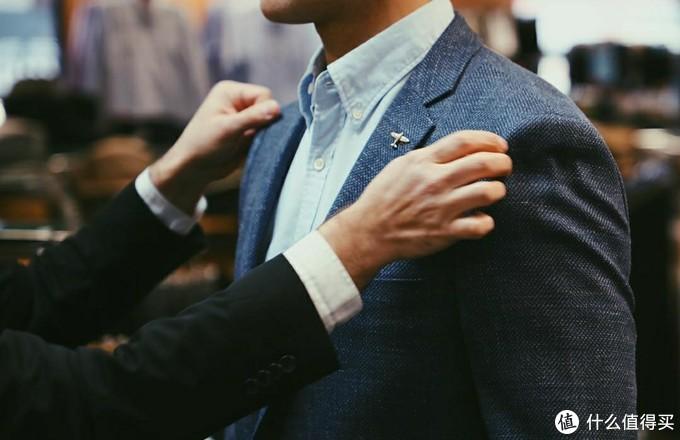 定制西装前最实用的知识,即使是小白也不会再被忽悠