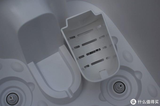 全球首款无线足浴器 小米有品上线HITH智能无线足浴器