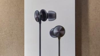 OPPO O-Fresh立体声耳机外观展示(耳套|耳机线|麦克风|插头)