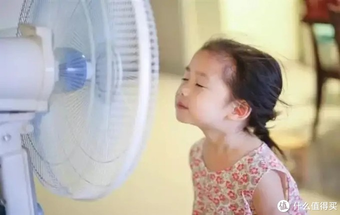 确保孩子安全,能过滤细菌、吹出凉爽自然风的安美瑞无叶净化风扇