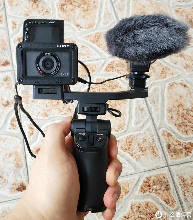 从优点到缺陷,便携型大底运动相机设计解构