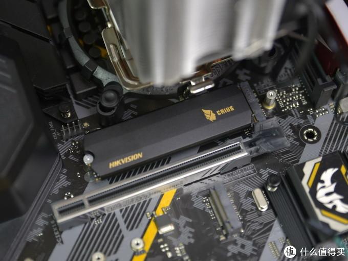 清华紫光原厂3D TLC颗粒初体验,海康威视C2000 PRO 2TB版体验