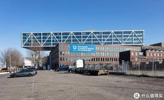 建筑之都鹿特丹:一面奢华,一面平凡
