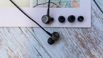 澳悦飛籁耳塞式耳机外观展示(线材|接口)