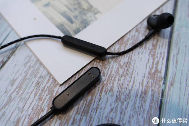从几个细节里看运动蓝牙耳机,看似不大的小设计,还真的很有用