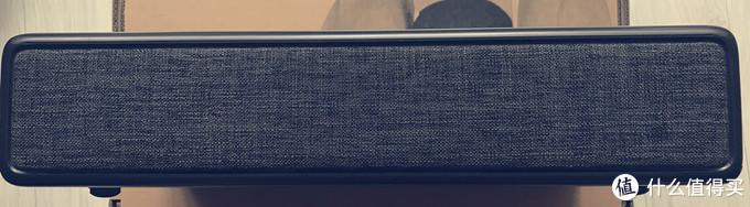 """一台""""亮色俱佳""""的超大平板电视 –优派虹激光电视A3开箱"""