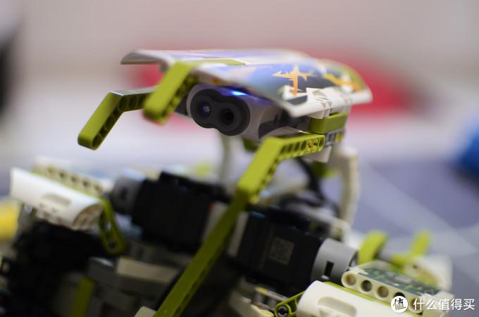 玩得高兴还能开发智力——优必选Jimu超变铁甲机器人