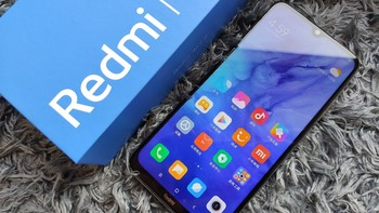 Redmi Note 8安卓手机外观细节(正面 home键 屏幕 机身)
