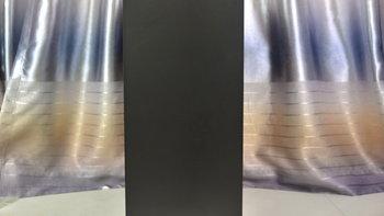 TT S500 TG机箱外观展示(面板|通风口|防尘网|按键|接口)