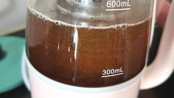 小熊电热水壶使用体验(容量|功率|温度|优点|缺点)