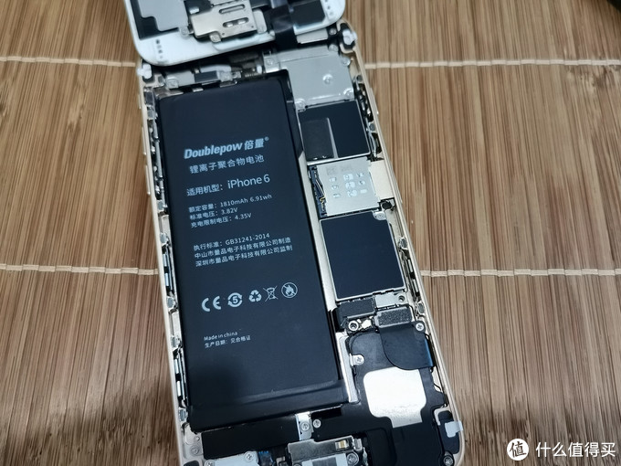 38元就能让你的iPhone6焕发新春,只需拆掉4颗螺丝更换电池实录
