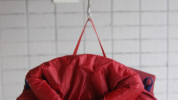 MontBell户外背包外观展示(魔术贴|面料|排水口|背垫|口袋)